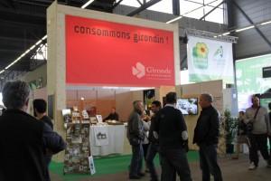 devant le stand du Conseil Général de La Gironde